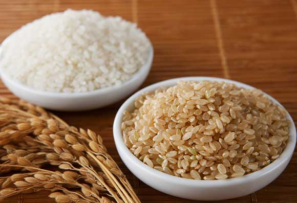 White-rice-vs-brown-rice