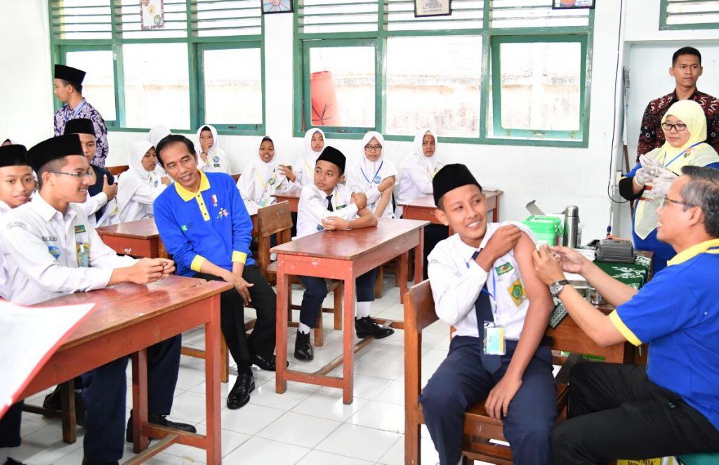 Presiden-Jokowi-Tekankan-Pentingnya-Imunisasi-Campak-dan-Rubella-28